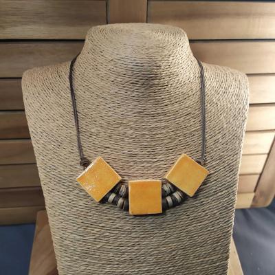 Collier 3 carrés Safran