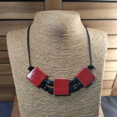 Collier 3 carrés Rouge