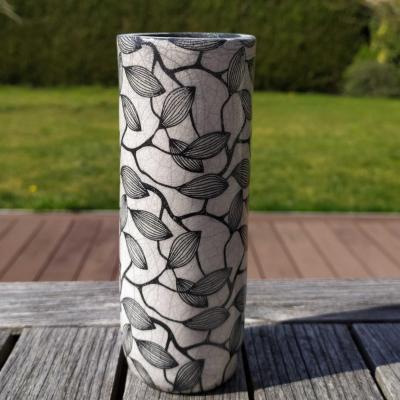 Vase etroit feuillage