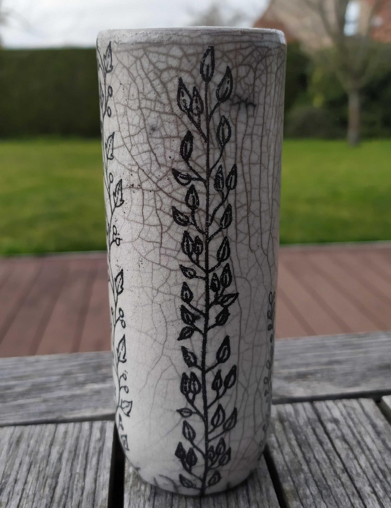 Vase petit tube branche 2