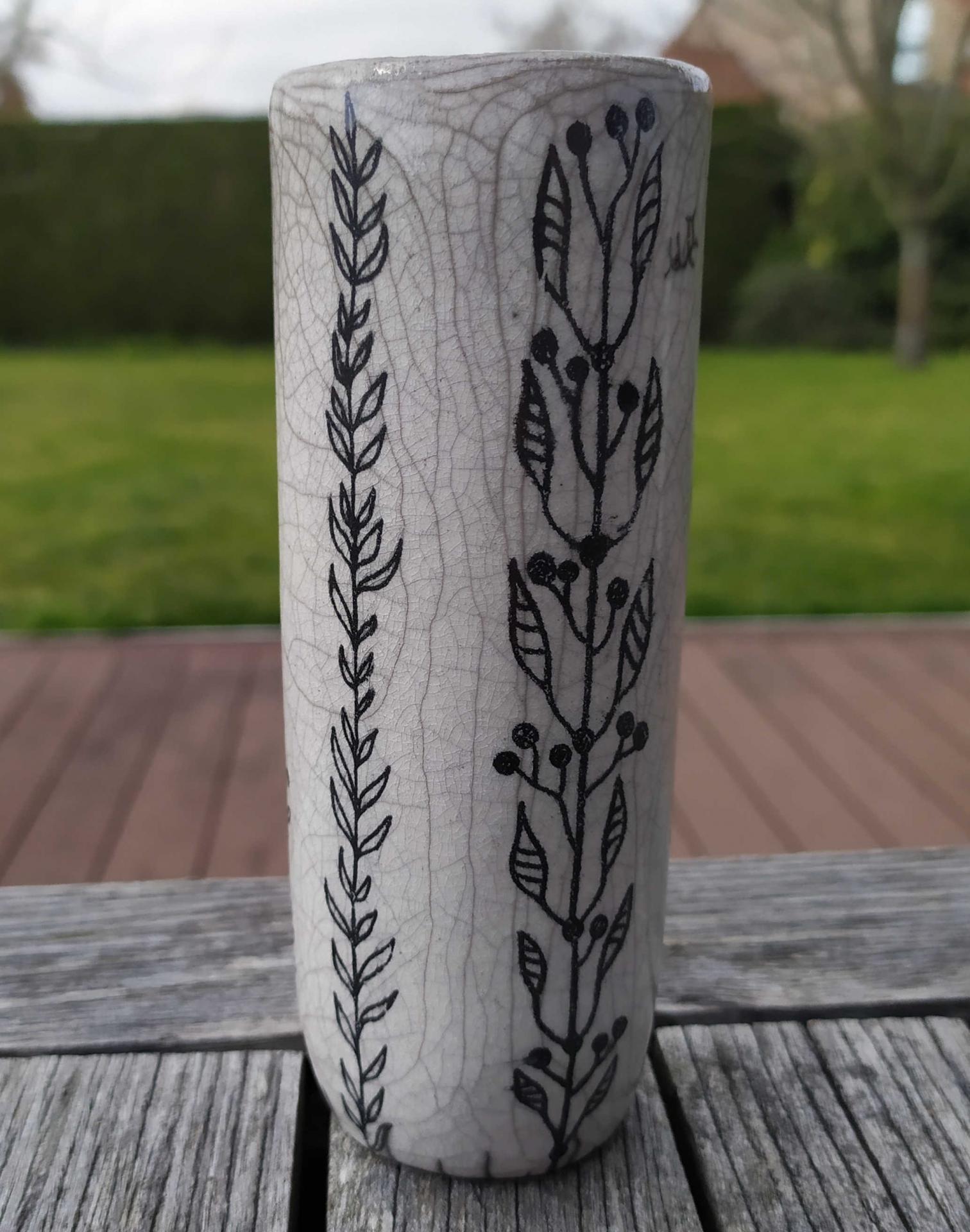 Vase petit tube branches