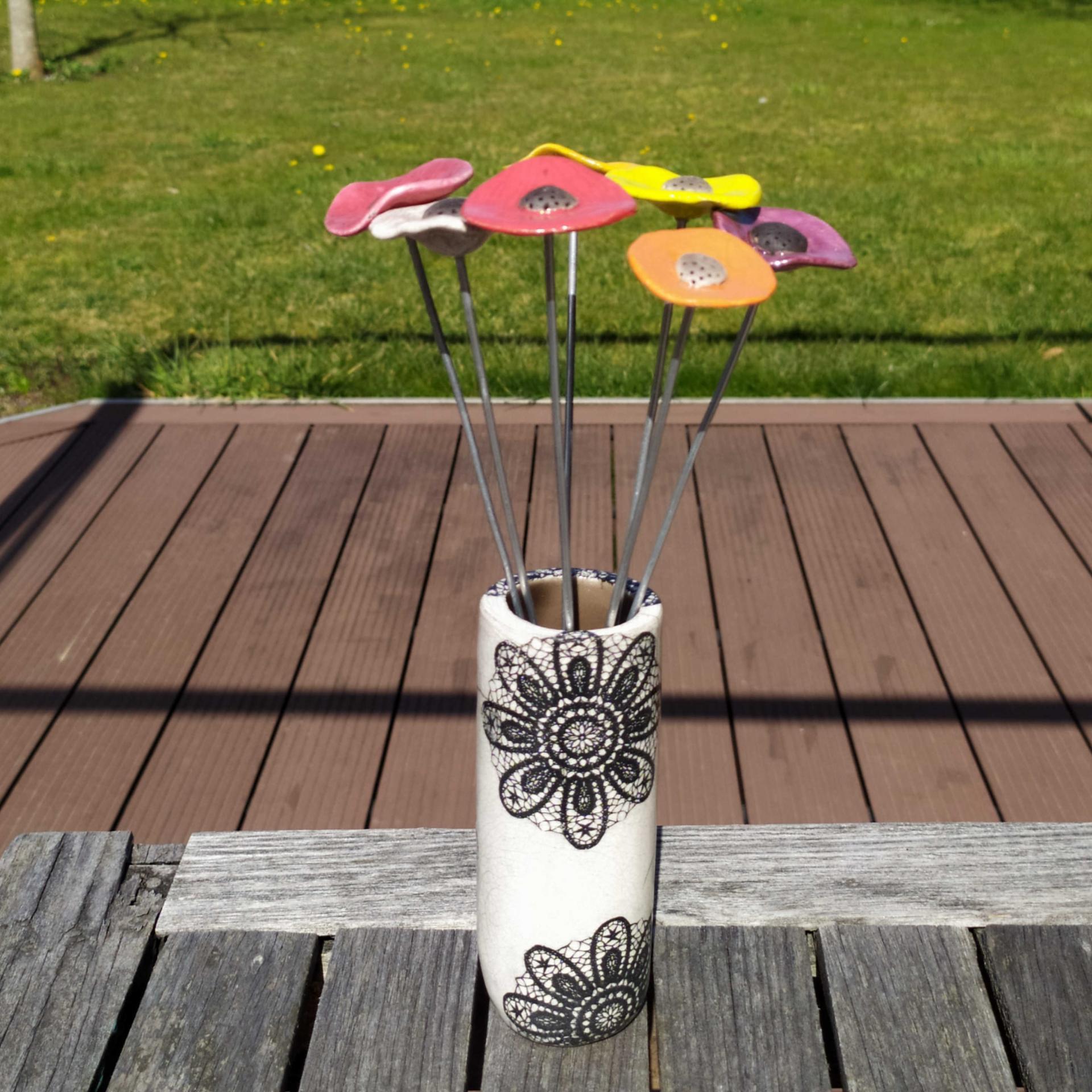 Vase petit tube dentelle1