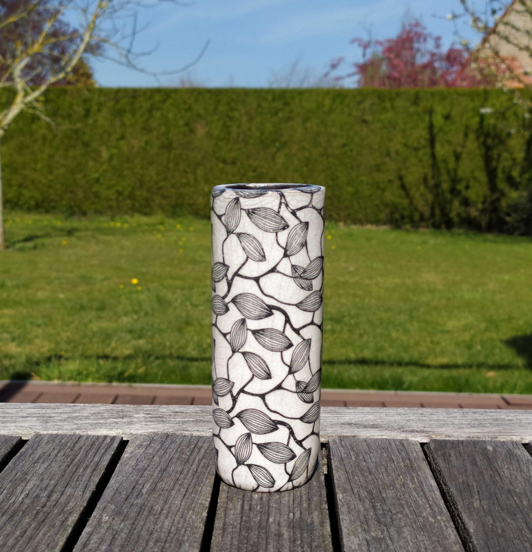 Vase petit tube feuillage5
