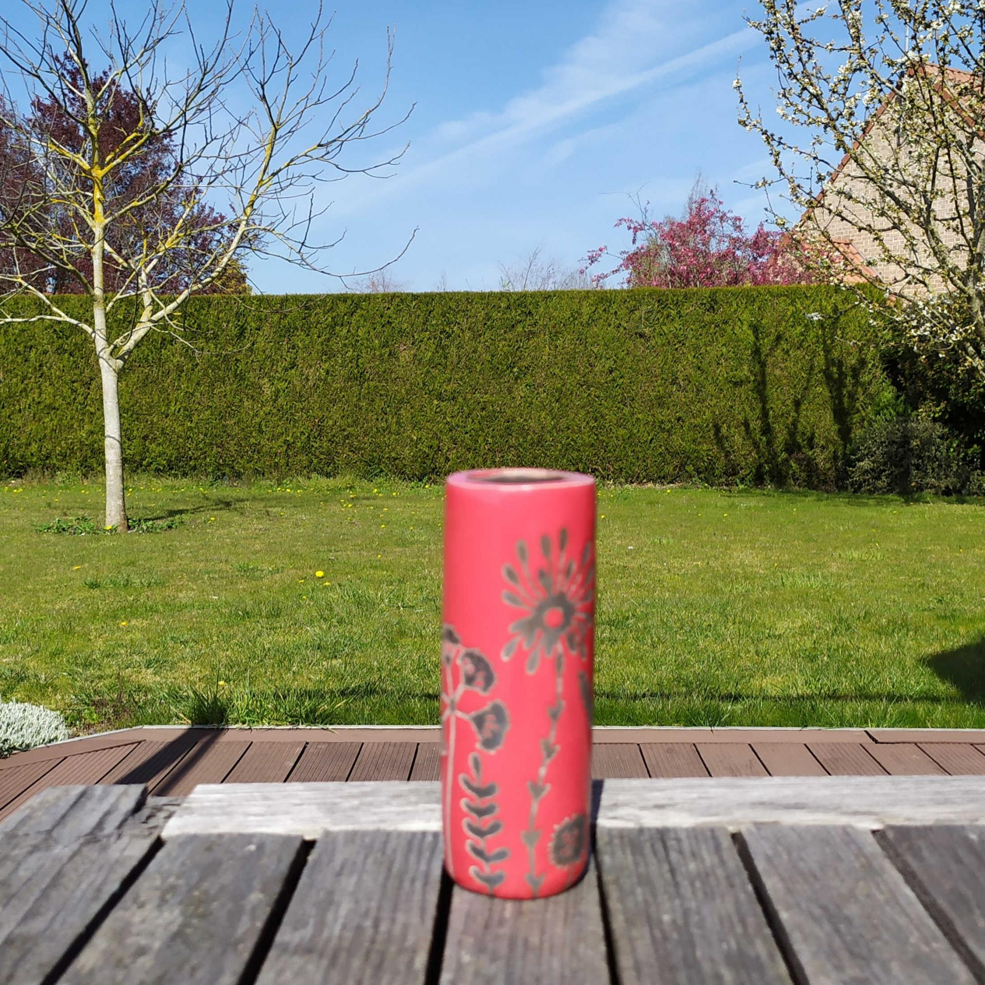 Vase petit tube hf rouge3