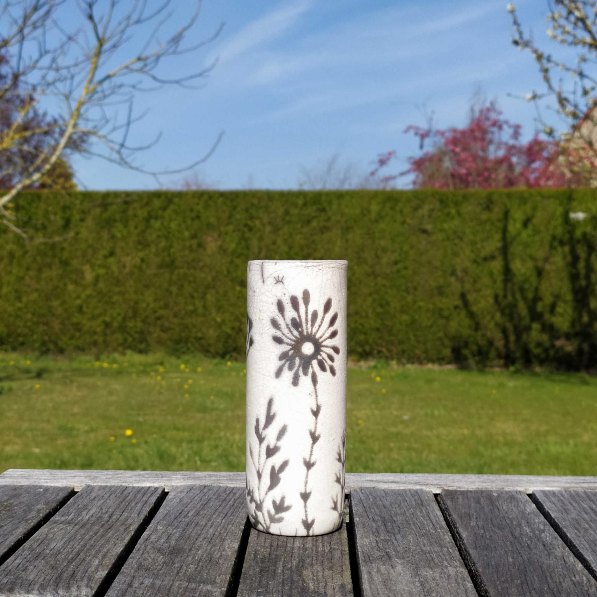 Vase petit tube hf trans7