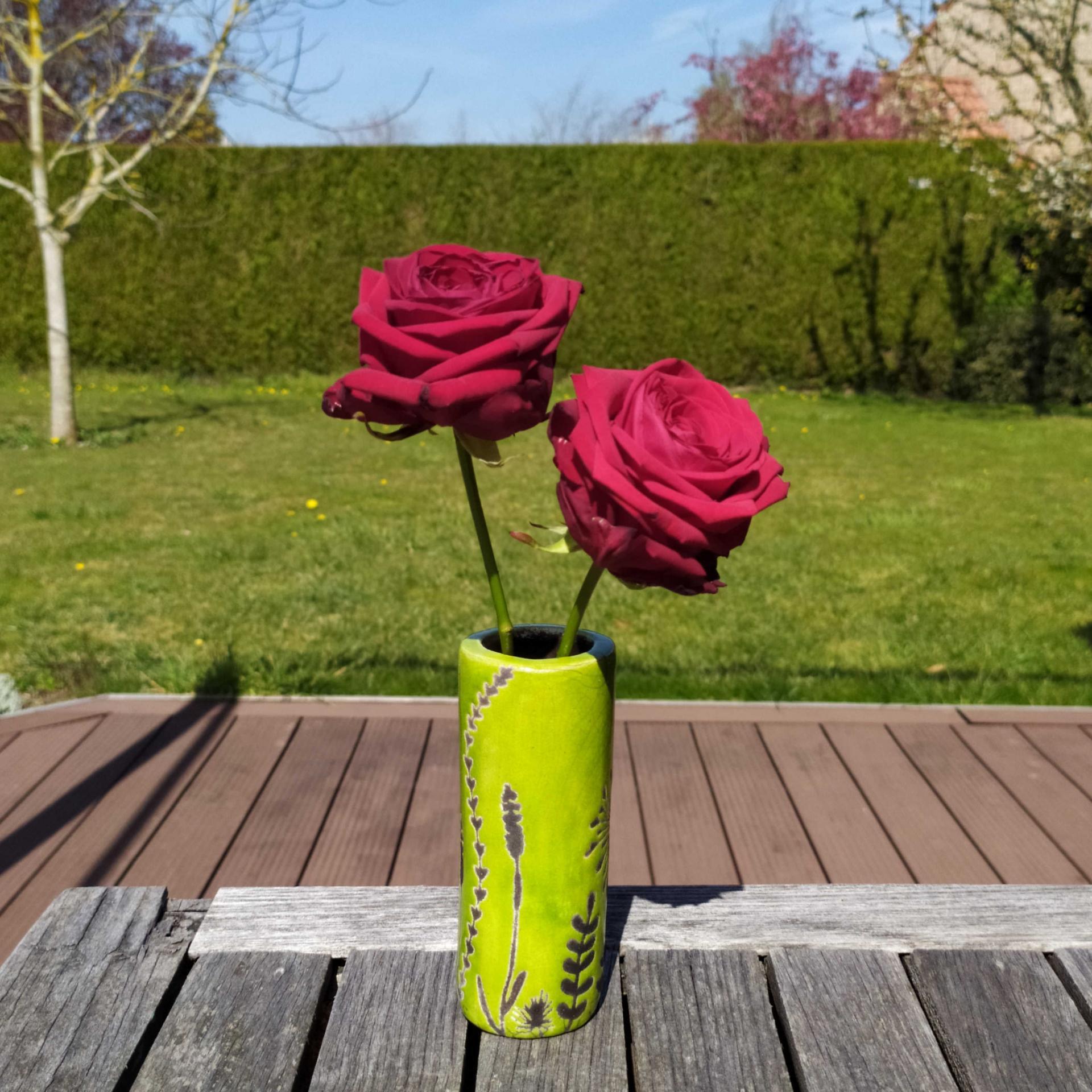 Vase petit tube hf vert2