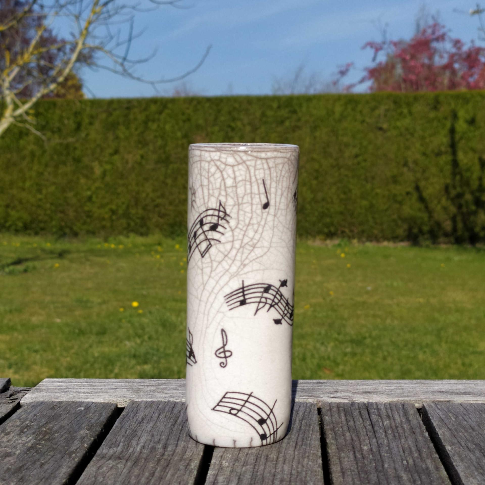 Vase petit tube musique7